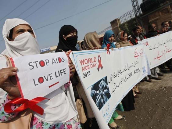 aids10_RF_GETTY.jpg