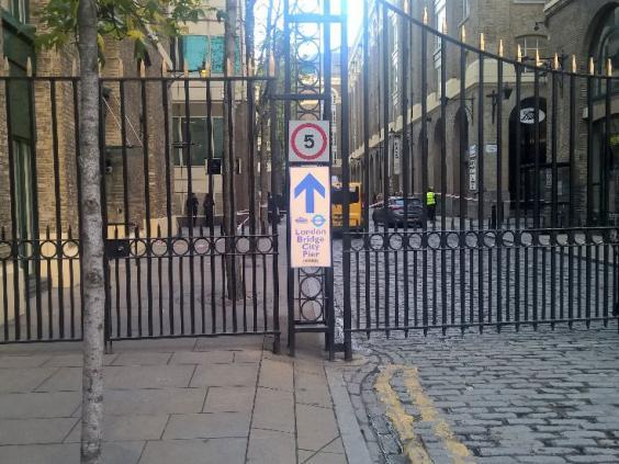 london-bridge-evacuation.jpg