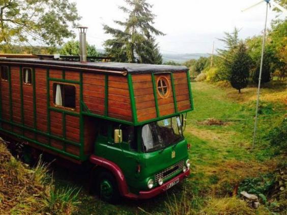 camp-housebox.jpg