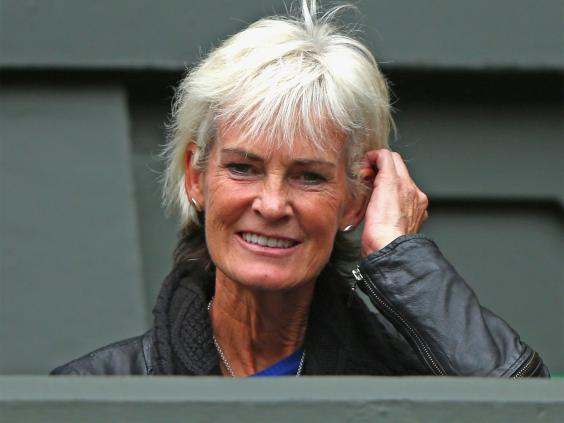 judith murray Theirs is a divided family, but for those who watched andy murray and his divorced parents embracing each other joyfully at the wimbledon victory dinner, there seemed.