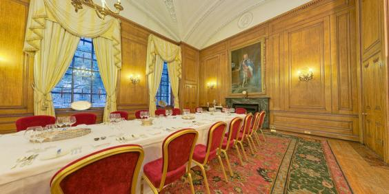 10 Downing Street Take A Rare Glimpse Inside The Prime