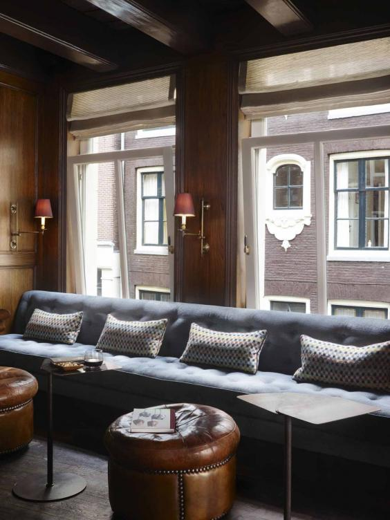 Canal huis 58 amsterdam hotel review dutch masterclass in luxurious living the independent - Huis bar ...