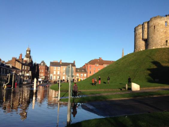 York Floods Hundreds Evacuated And Swathes Of Historic City - Germany beck york map