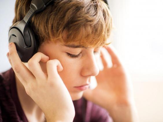 web-headphones-RF-getty.jpg