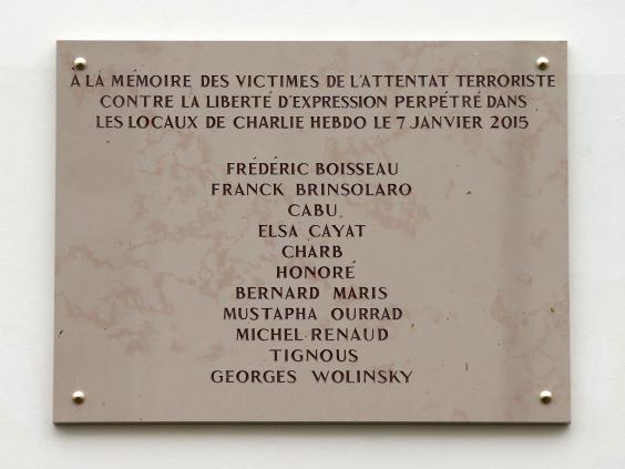 Charlie-Hebdo-plaque.jpg