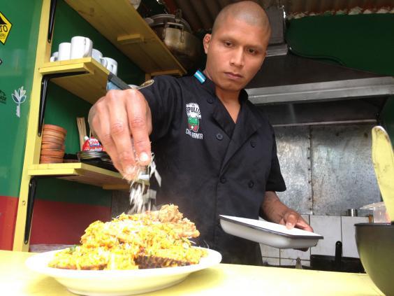 25-arroz-con-mariscos-Simeon-Tegal.jpg