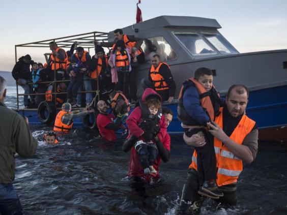 30-refugee-volunteers-ap.jpg
