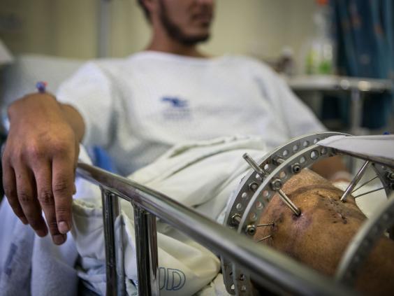 """Résultat de recherche d'images pour """"wounded of Jabhat Al Nosra ziv hospital israel"""""""