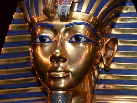 web-Tutankhamun-mask-get.jpg