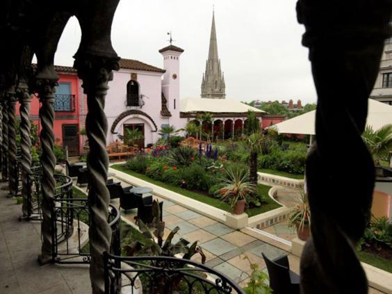 59-kensington-roof-gardens-get.jpg