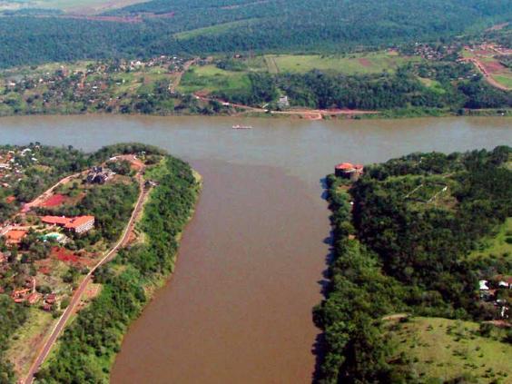 argentina-brazil-paraguay-border.jpg