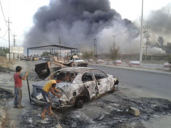 24-iraq-car-ap.jpg