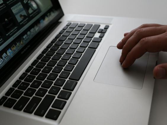 6-laptop-surveillance-get.jpg