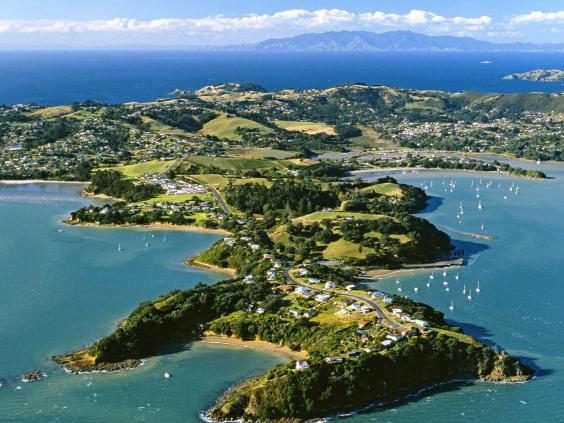new-zealand-coast-alamy.jpg