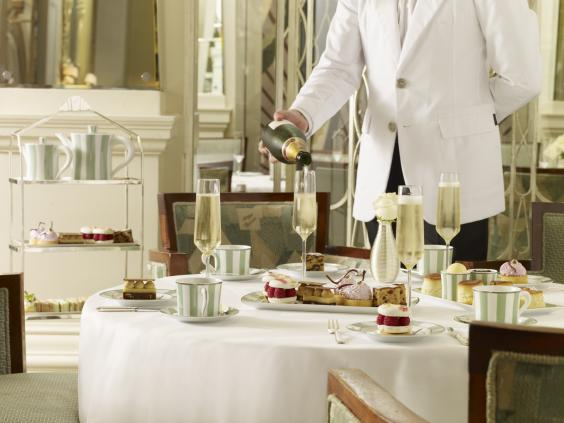 London S Best Afternoon Teas For Mother S Day And Beyond