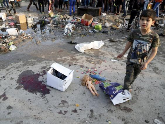 35-iraq-suicide-blast-reuters.jpg