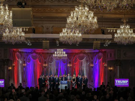 Trump-chandelier-EPA.jpg