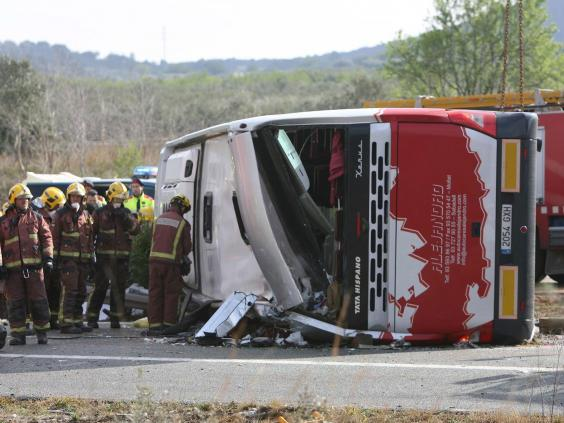 bus-crash-spain-2.jpg