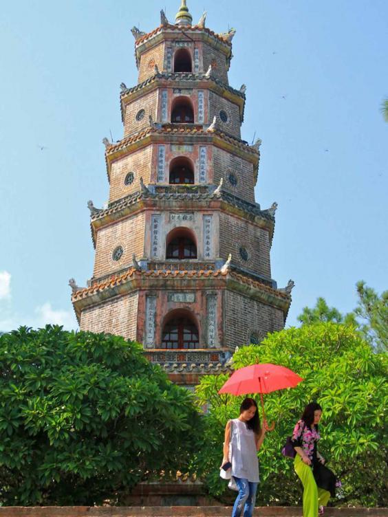vietnam-pagoda.jpg