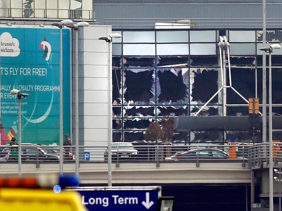 brussels-airport-explosion-13.jpg