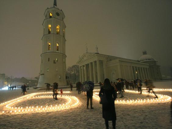 Vilnius-Cathedral.jpg