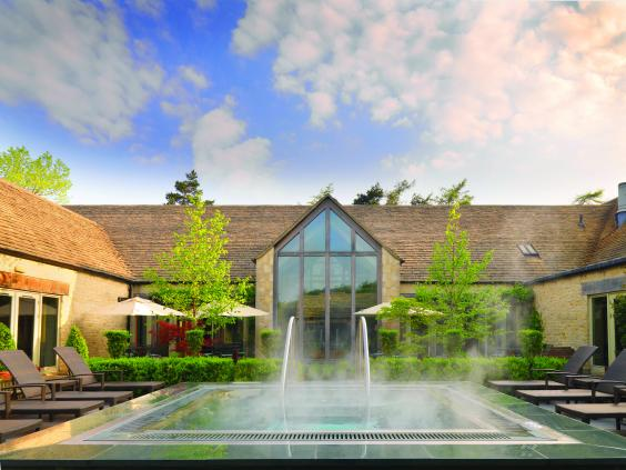 calcot_spa_summer_exterior.jpg
