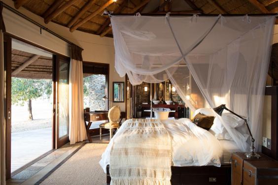 makanyi-lodge-rooms-06.jpg