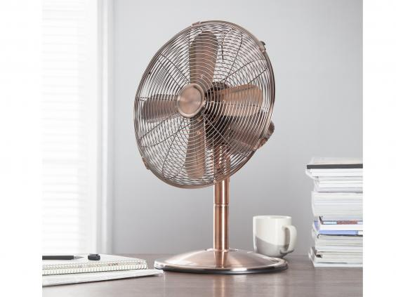 tesco-metal-desk-fan.jpg