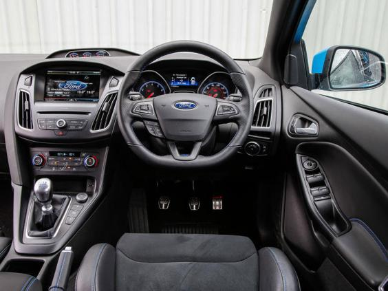 Ford Focus Rt >> Ford Focus RS, car review: On road and on track with super