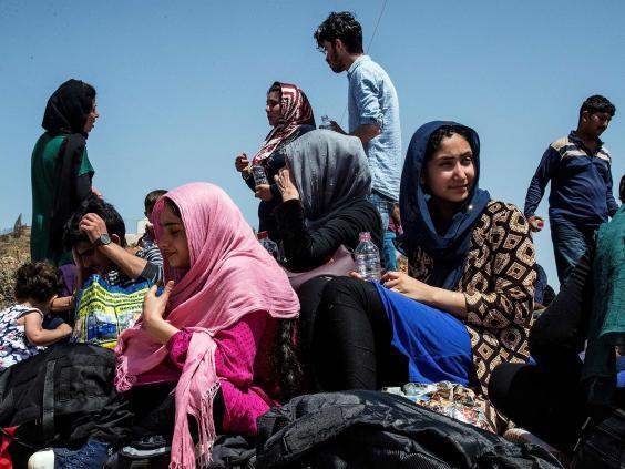 crete-refugees.jpg