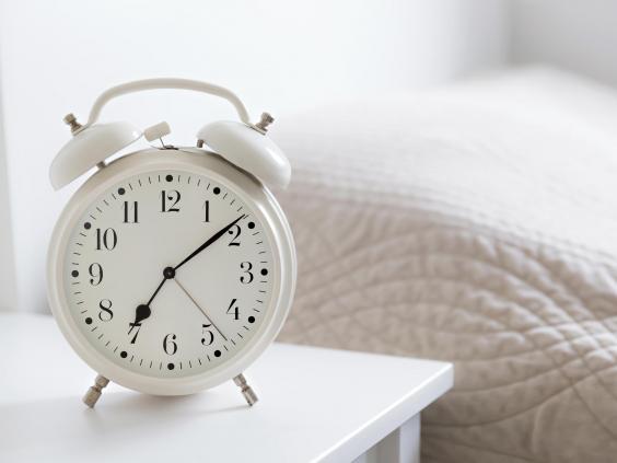 bed_clock.jpg