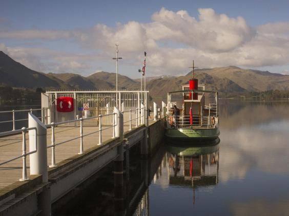 high_western_belle_ullswater_steamer_at_pooley_bridge_pier.jpg