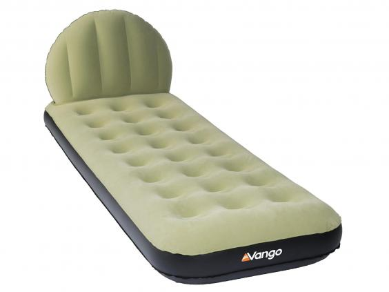 who says you need to miss out on a headboard just because youu0027re on an air bed this bed which is available in various sizes has a headboard that also