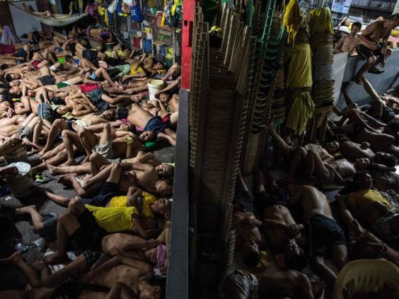 Harrowing Photos From Inside Filipino Jail Show Reality Of Rodrigo - 20 photos that show just how insanely overcrowded china is