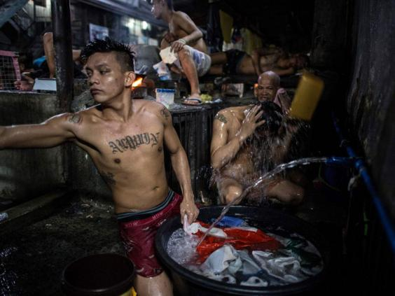 Naked prisoners in Philippine jail cause uproar- The New