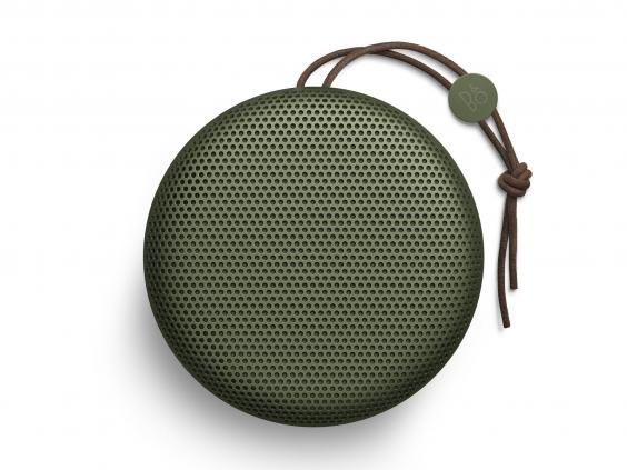beoplay-a1-green.jpg