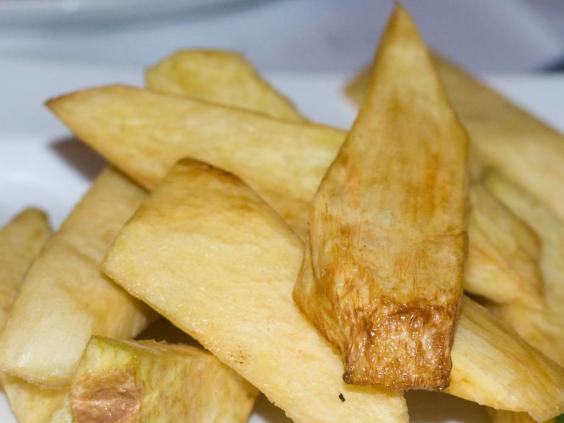 casava-chips-rio-food.jpg