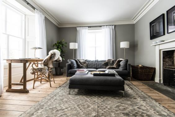Killiehuntly farmhouse hotel review scandinavian style in for Living room zwolle