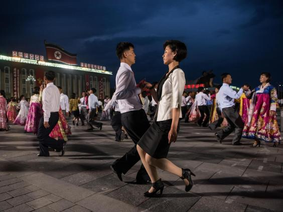 north-korea-dance.jpg