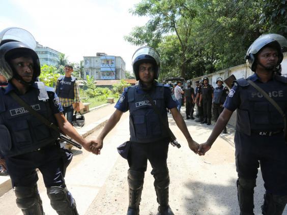 bangladesh-police-raid2.jpg