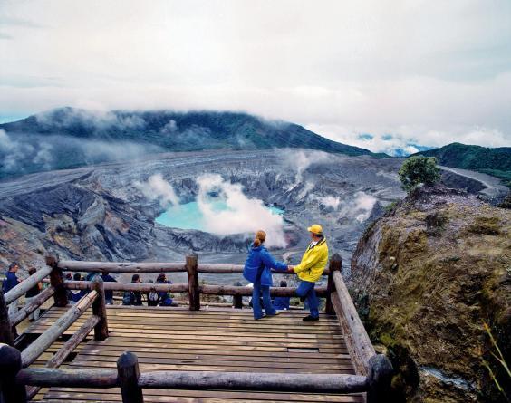 poas-volcano-10.jpg