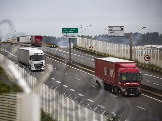 calais-fence-motorway.jpg