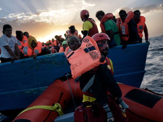 refugee-rescues-mediterranean2.jpg
