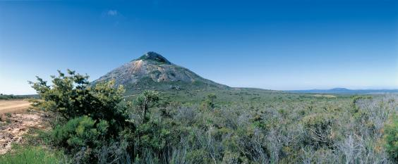 107306-frenchman-peak-in-cape-le-grand-national-park.jpg