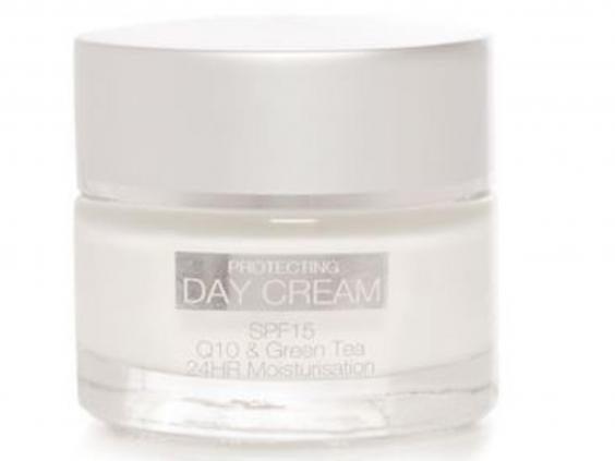 protecting-day-cream.jpg