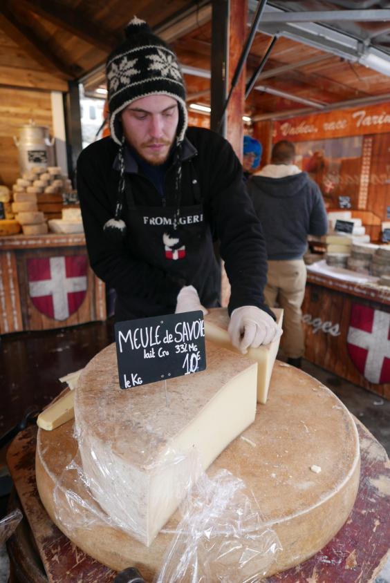 valloire-friday-market-savoie-cheese-seller-cadam-batterbee.jpg