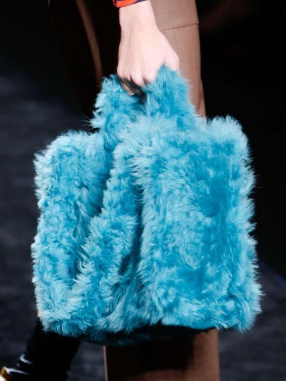 fendi-aw16-fur-bag.jpg