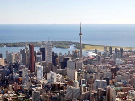 10-toronto-canada-the-most-populated-city-in-canada-ranks-highly-with-expats-who-rate-the-city-highly-for-friendly-attitudes-and-ease-of-settling-in.jpg