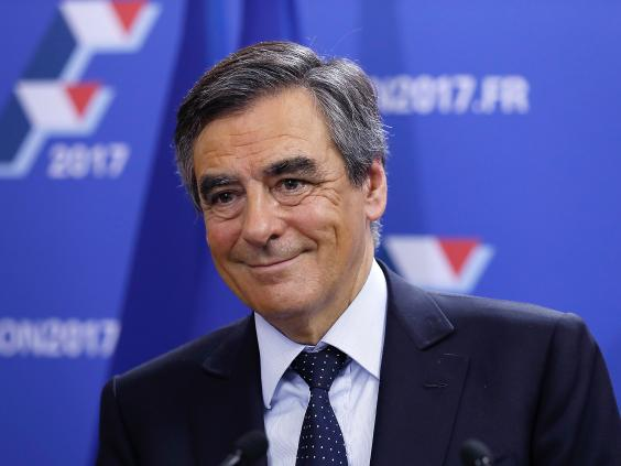 Macron-Fillon French Presidential Contest Seen Too Close to Call