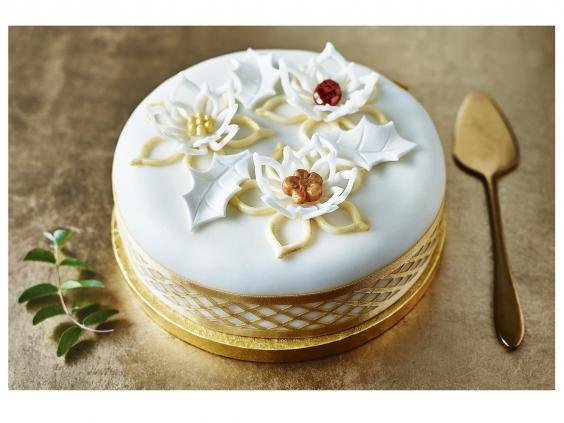 Sainsbury S Christmas Cake Decorations : 9 best Christmas cakes The Independent